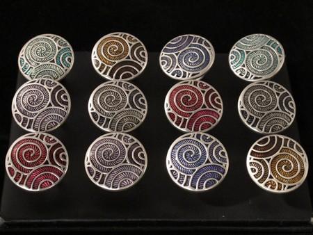 anelli in metallo smaltato